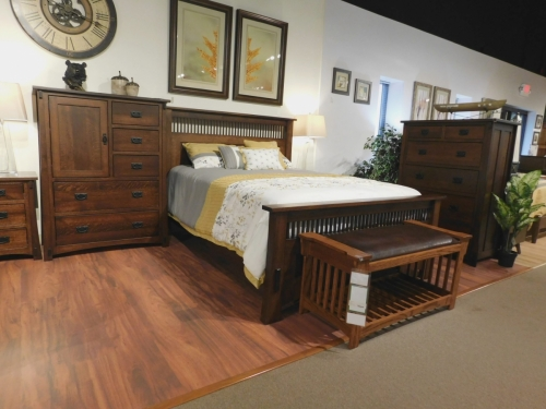 Dutch County Mission Bedroom Collection with Prairie Bed