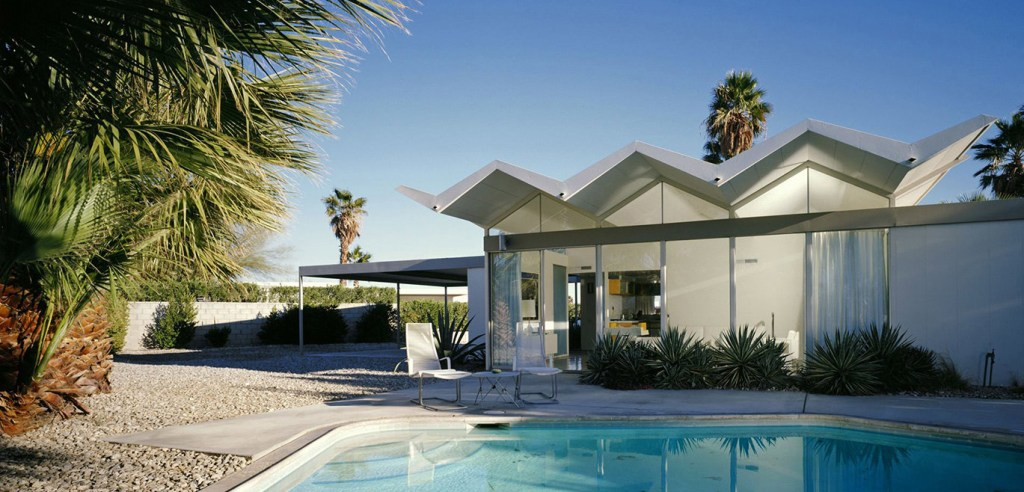 One of 7 prefab steel houses designed and built by architect Donald Wexler — Palm Springs