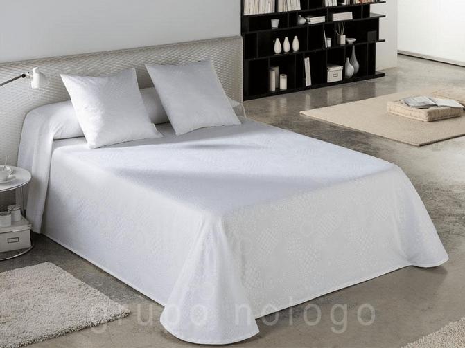 colchas verano camas de 200 cm., colchasd de verano de color blanco
