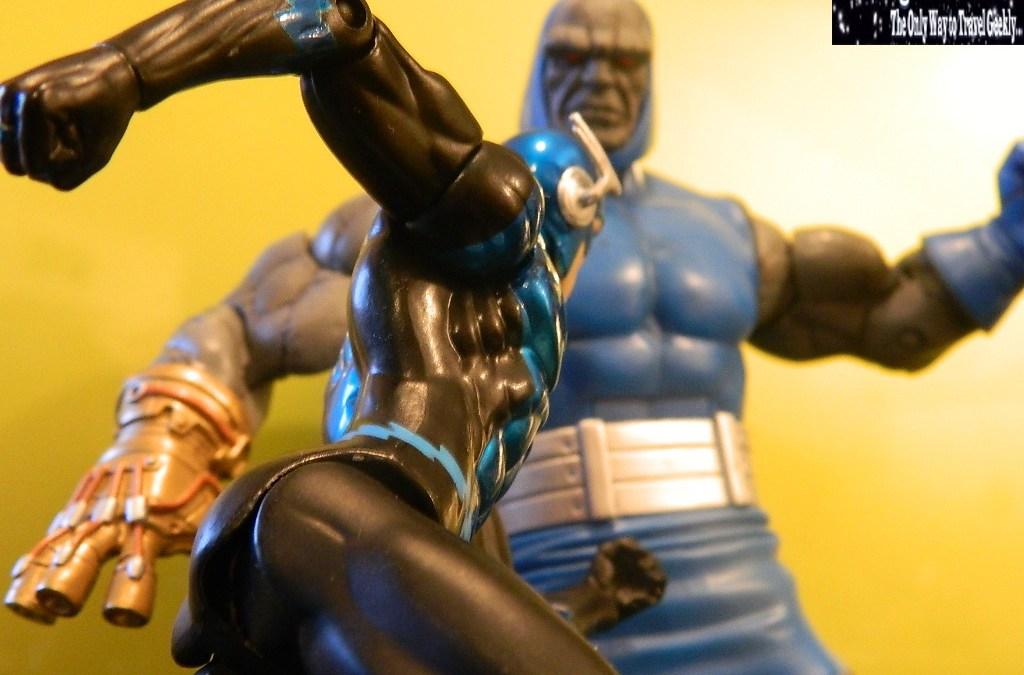 Figures in Action Photography: New Genesis, New Beginnings. Blue Lantern Flash vs Darkseid