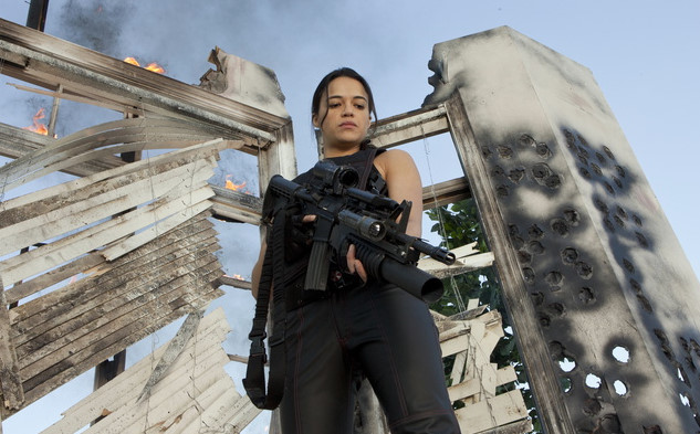 New Resident Evil: Retribution pictures feat. Ada Wong, Jill Valentine, Leon Kennedy