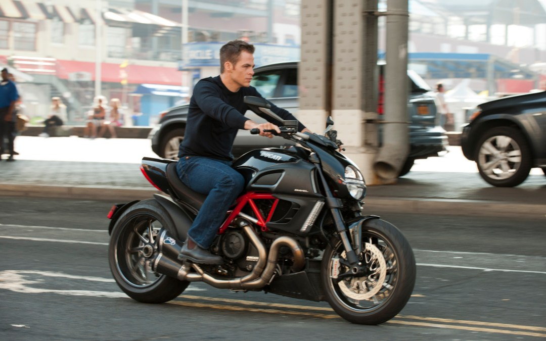 First images of Chris Pine as 'Jack Ryan'