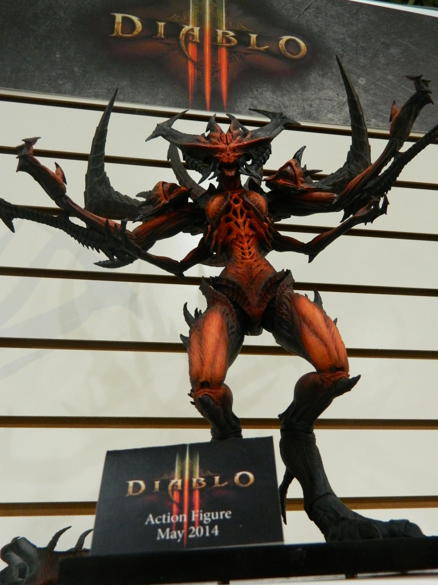 Toy Fair 2014 – NECA shows off Predators, Aliens, and more