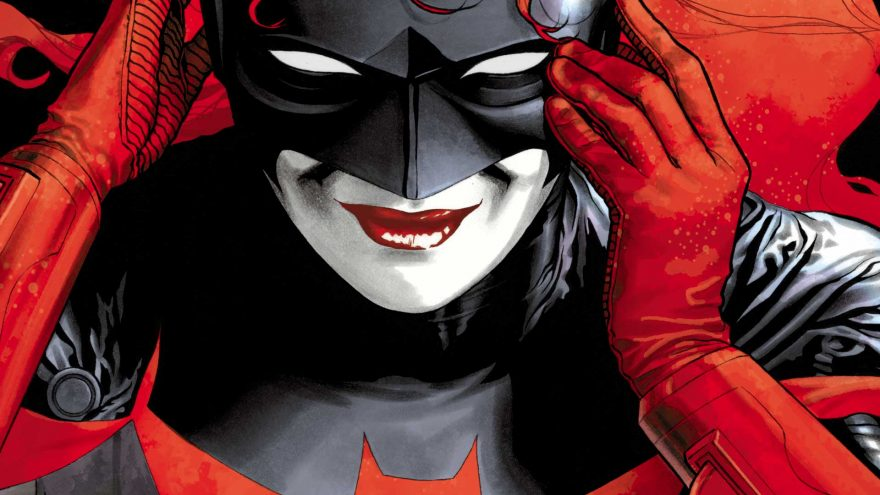 CWUpfront confirms next year's crossover will focus on Gotham City and Batwoman!