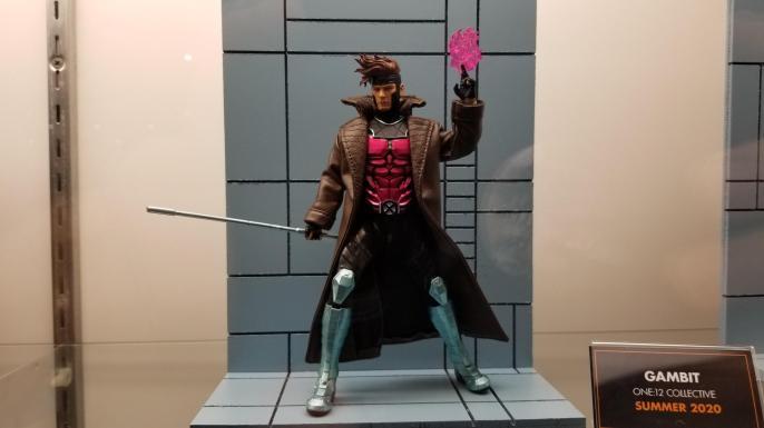 Mezco Gambit