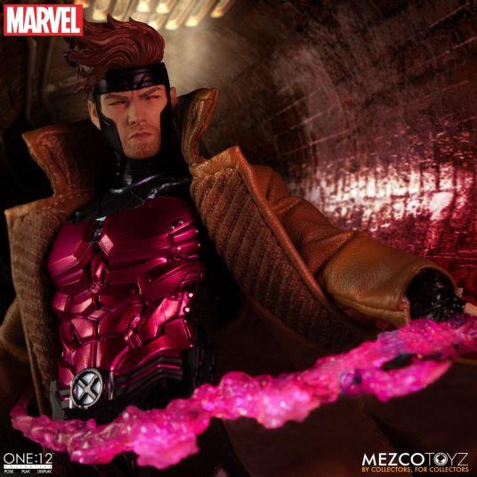 Mezco Gambit 05