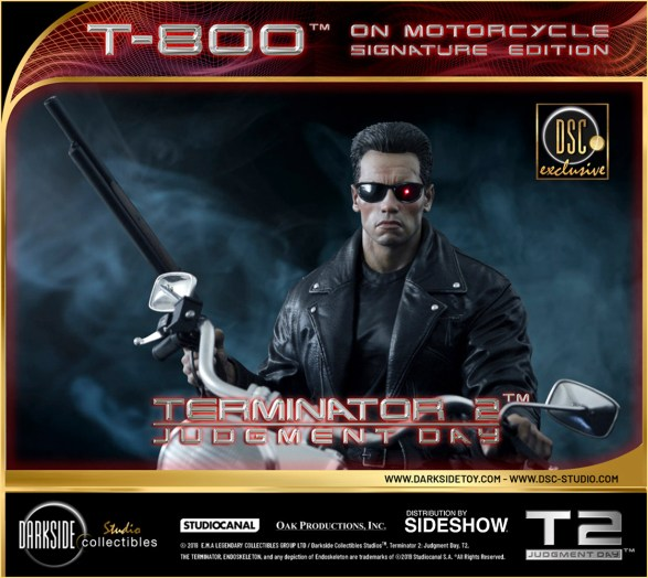 DarkSide Collectibles Studio Terminator 2 statue 01