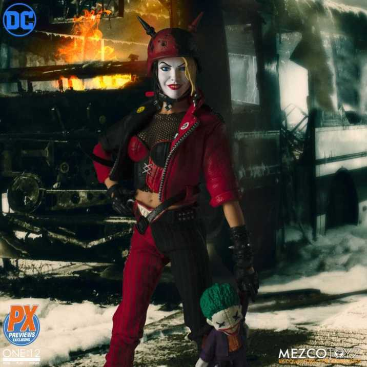 Mezco-PX-Exclusive-One12-Collective-DC-Harley-Quinn-Promo-02