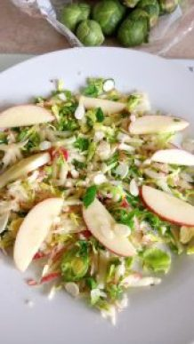 Simple sweet brussel sprout & apple salad Dinner Grainfree Lunch snack vegan
