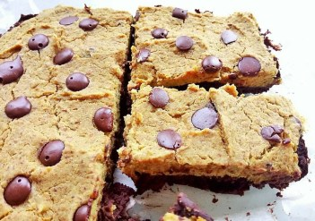 Hidden fruit & veg brookie dough (brownie cookie dough) Desserts Grainfree snack vegan