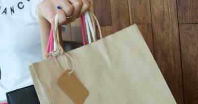 Viszlát műanyag szatyrok! – Románia is meglépte