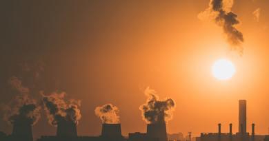 Az Európai Parlament az EB-nél magasabb kibocsátáscsökkentési célt szorgalmaz