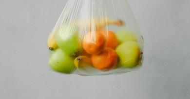 2021. július 1-jével tiltják be Magyarországon az egyszer használatosműanyagokat