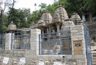 ब्रह्ममुहूर्त में खुले भगवान आदिबदरी मंदिर के कपाट
