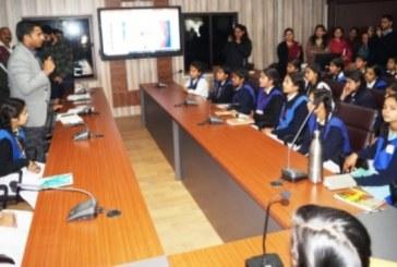 हल्द्वानी: राज्य के पहले प्रशासनिक ई-लर्निंग स्टूडियो का डीएम ने किया उद्घाटन