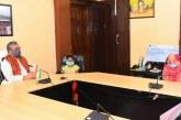 मुख्यमंत्री ने कांस्टेबल स्व. श्री संजय गुर्जर की पत्नी को सीएम राहत कोष से 10 लाख रूपये का चेक सौंपा