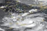 चक्रवात तूफान अम्फान : 1 लाख लोगों को सुरक्षित स्थानों पर पहुंचाया