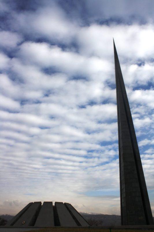 The_Armenian_Genocide_memorial_complex_(Tsitsernakaberd)