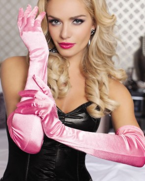 blondepinkgloves