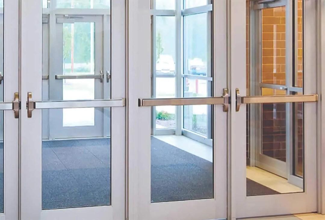 door repair NYC,commercial doors,Aluminum Storefront door,aluminum door with glass,glass doors,glass door,panic bar,push bar,