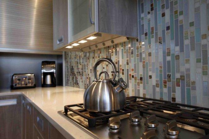 pin it on doorways magazine victorian kitchen tile backsplash - Vertical Tile Backsplash