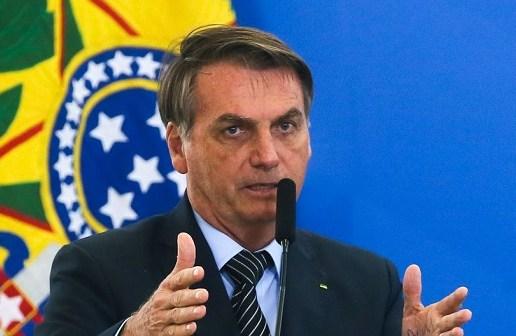 Bolsonaro defende isolamento vertical sem histeria