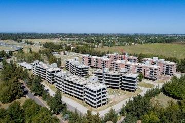 Bauen Pilay contruye condominios en Palos Verdes