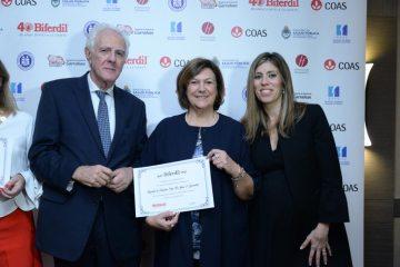 Pablo-Tenenbaum-con-Graciela-Reybaud-y-Vanesa-Diaz,-representantes-del-Hospital-Garrahan