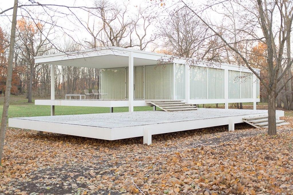 Casa Farnsworth, diseño moderno en medio de un tranquilo paraíso