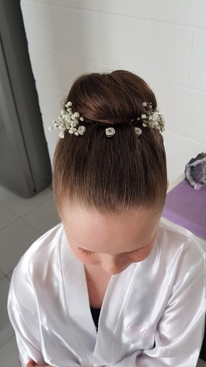 11-flower-girl-hairstyle-cancun