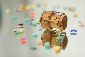 Sektkorken und Konfetti