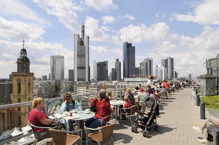Blick von der Zeilgalerie an der Hauptwache in Frankfurt am Main