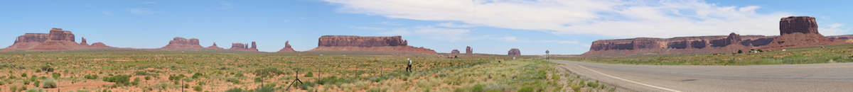 Monument valley UT panorama-resized