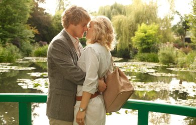 Midnight in Paris is a 2011 American-French romantic comedy film written and directed by Woody Allen.