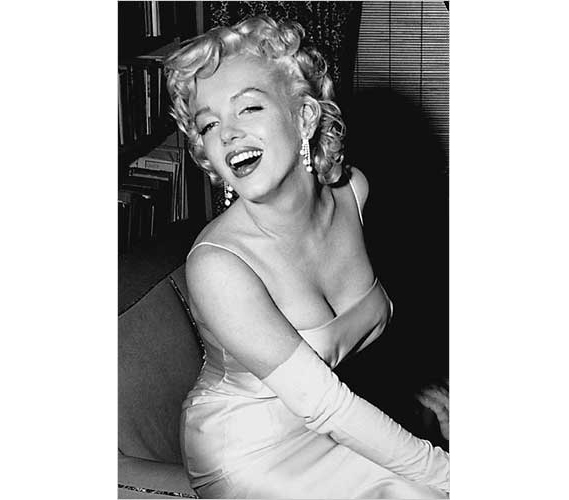 Decorations For Dorms Marilyn Monroe Posing Poster