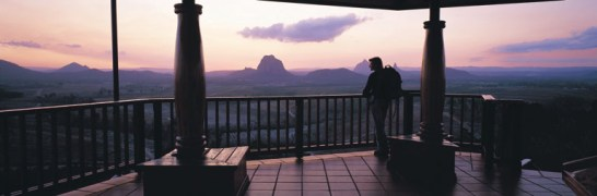032007 Glass House Mountains Tourist Drive Lookout