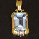 €335,00 – Ciondolo in oro Giallo 18k con Acquamarina e Diamanti
