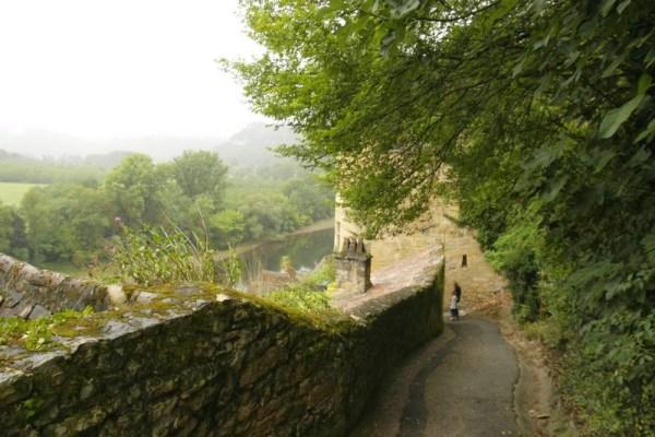 La-Roque-Gageac-dordogne-uitkijk-op-rivier