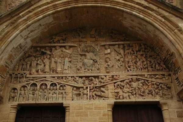 conques-Aveyron-abdijkerk-foy-tympaan-laatste-oordeel