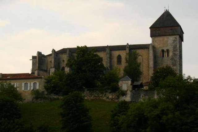 kathedraal-saint-bertand-de-comminges-dorp-frankrijk-plus-beaux-villages