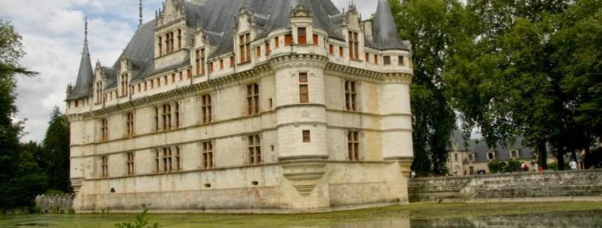 Het kasteel Azay-de-Rideau bij de Loire in Frankrijk