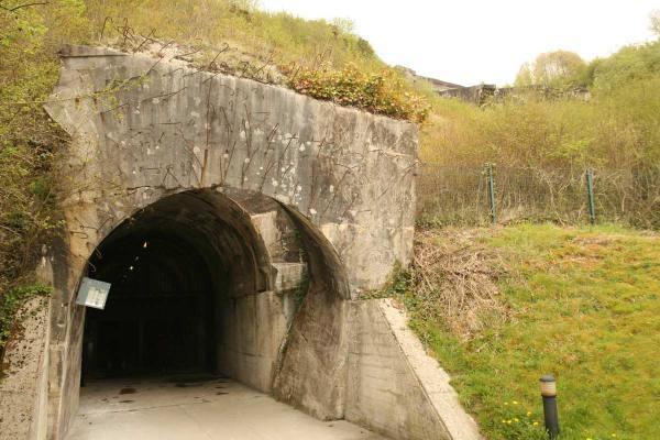 la-coupole-bunker-v2-raket-lanceerinstallatie-koepel-Helfaut-frankrijk-ingang