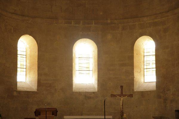 Het koor van de kloosterkerk van Sénanque