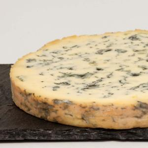 Franse kaas Fourme d'Ambert uit de Auvergne