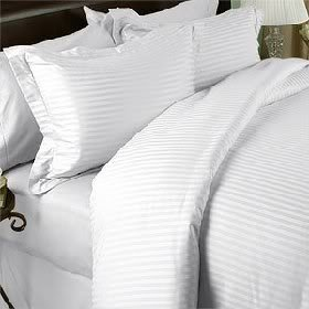 7 pièces Motif damassé Blanc Stripe Drap-housse pour lit King Size avec housse de couette et Drap-housse et 2 couvre-oreillers Ensemble de 2 taies d'oreiller 200 fils/cm², 100% coton égyptien à fibres discontinues de Gizeh Suisse finition satin
