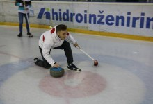 Photo of S taktično igro do naslova v curlingu