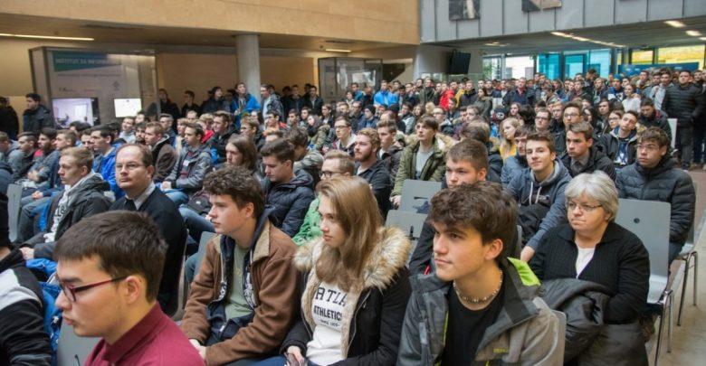 vpis, uvajalni teden, bruc, brucka, študenti, UM, Univerza v Mariboru, Obvezno, študij,