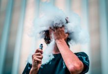 Photo of Vedno več smrtnih primerov zaradi uporabe e-cigaret