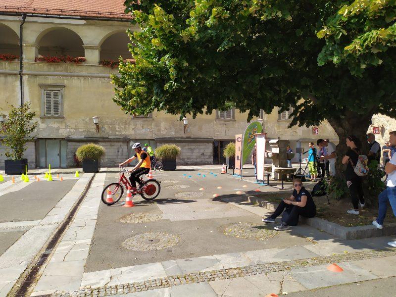 FERI, kolesa, tekmovanje, Dijaško in študentsko tekmovanje v izdelavi električnih koles, Evropski teden mobilnosti, električno kolo, ECONO