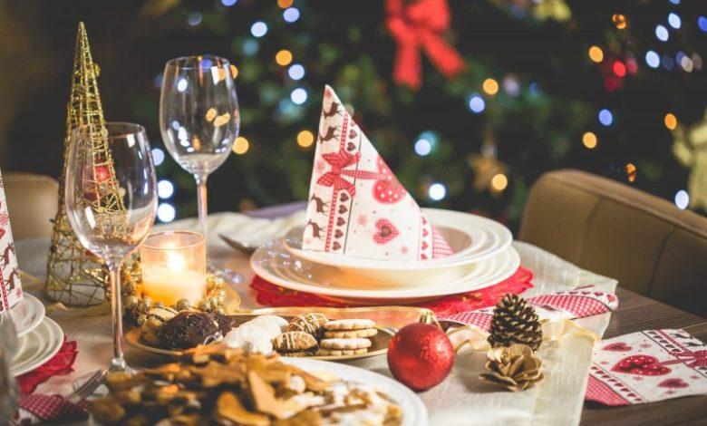 Božični prazniki, prazniki, hrana, pridobivanje kilogramov, pridobivanje odvečne telesne teže, prenajedanje, vnos kalorij, kalorije